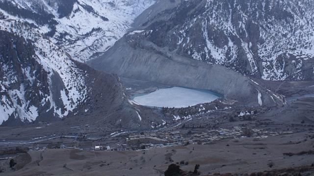 सन् 1848 :सिक्किम की अज्ञात घाटी में