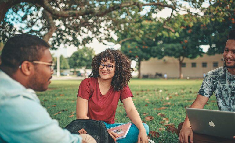 युवाओं की दुविधा को कम करने वाली है अक्षिता बहुगुणा और डॉ राजेश नैथानी की किताब  'प्रो. ड्रौउ'