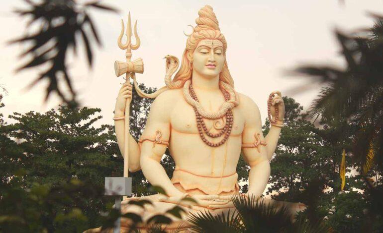 भगवान शिव को क्यों प्रिय है सावन का महीना?